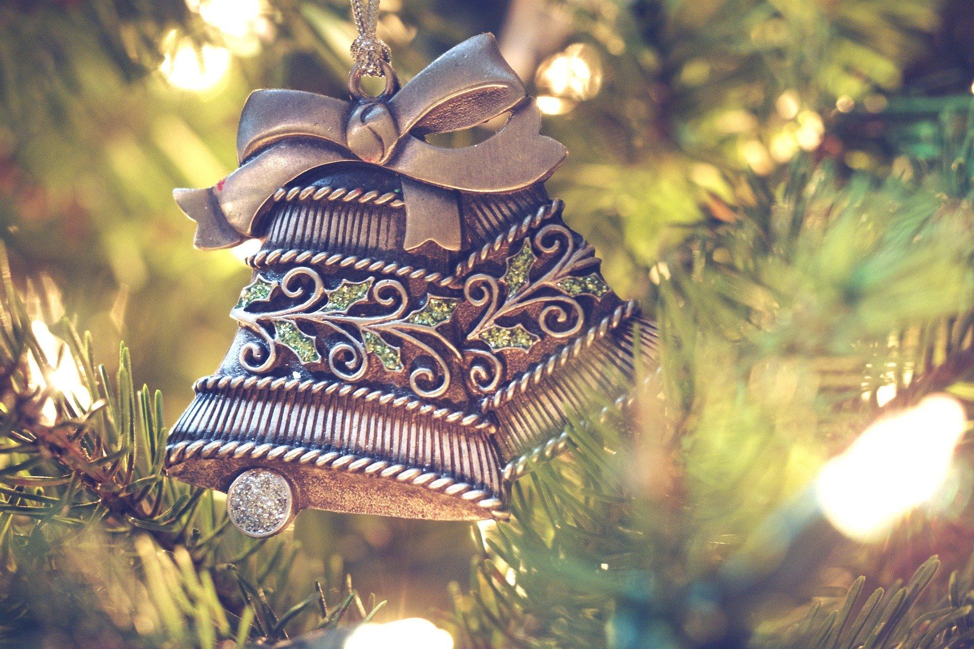 https://svbollendorf.de/wp-content/uploads/2019/12/christmas-decorations-1150015_1920.jpg